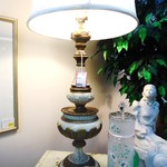 1-13968 White and Gold Painted Vintage Lamp