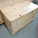 1-15833 Vaughan Furniture Washed Oak Cedar Chest