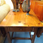 1-15714 Ethan Allen Pine Drop Leaf End Table