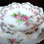 1-14658 The S.P.C. Vintage Ruffled Rose Dish