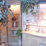 1-18211 White Stanley Oak Corner Display