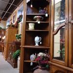 1-18226 Ethan Allen Solid Oak Corner Display