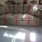 1-20933 Pennsylvania House Sofa