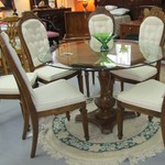 Glass Pedestal Table With 6 Chairs