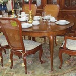 1-21213  Bakers Dining Table With 6 Chairs 2 Leaves And Pads