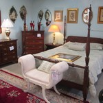1-21839 Pennsylvania House 4 Poster Queen Bed Dresser With Mirror And 2 Nightstands
