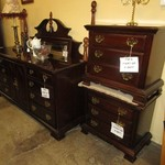 1-21861 Cherry Queen Poster Bed Dresser With Mirror And Two Nightstands