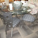 1-22315 Metal And Glass Table With 4 Chairs