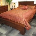 1-22529  Pottery Barn Full  Platform Bed
