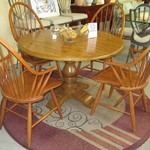 1-22877 Round Kitchen Table With 4 Chairs