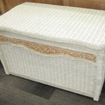 1-22820 Pier 1 White Wicker Trunk
