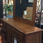 1-24232 Simply Solid Dresser w/ Mirror