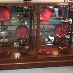 1-21927 Henredon Display Case With Glass Shelves
