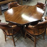 1-24547 Pine Table w/ 4 Chairs