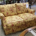 1-24743 Asian Print Loveseat