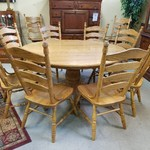 1-25000 Amish Solid Oak Table w/ 8 Chairs
