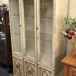 1-25171 China Cabinet/ Breakfront