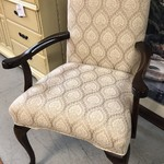 1-25417 Queen Anne Style Chair