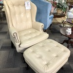 1-25787 Leather Chair w/ Ottoman