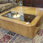 1-25170 Coffee Table