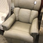 1-26375 Leather Recliner
