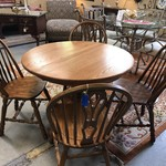 1-26339 Small Oak Table With 4 Chairs