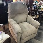 1-28638 Motorized Lift Chair
