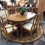 1-28655 Oak Dining Table w/ 6 Chairs, 3 Leaves and Pads