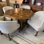 1-30802 Round Table with 4 Chairs, 1 Board