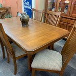 1-30441 Wood Table w/ 6 Chairs and 1 Leaf