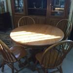1-31126 OakTable w/ 4 Chairs