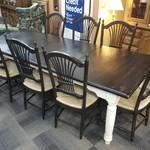 1-31423 Farm Table w/ 8 Chairs