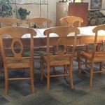1-31434 Ethan Allen Pine Table w/ 2 Leaves and 8 Pottery Barn Rush Chairs