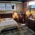 1-31962 Queen Bed, Dresser w/ Mirror, Two Nightstands and Chest