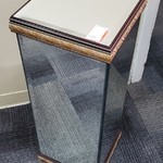 1-31859 Mirrored Pedestal