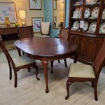 1-31605 PA House Table w/ 4 Chairs, 2 Leaves and Pads