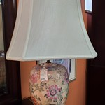 1-31982 Ceramic Pink Lamp With Flowers
