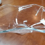 1-19360 Tulip Shaped Decorative Glass Bowl