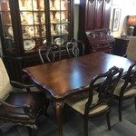 1-32532 Thomasville Dining Room Table w/ 6 Chairs, 2 Leaves, and Pads