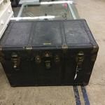 1-32603 Vintage Steamer Trunk