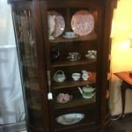 1-32283 Antique Oak Curio
