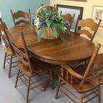 1-32852 Oak Table w/ 6 Chairs