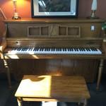 1-32790 Kimball Piano (5 years old)