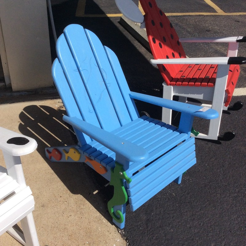 This wooden fishing chair is the cousin to the custom - made ladybug and horse chairs and equally adorable!! Painted a bright, beachy blue this will be the perfect resting spot for a lazy  day at the end of the dock  - it won't matter if you catch anything or not. Ideal for a little boy or girl.