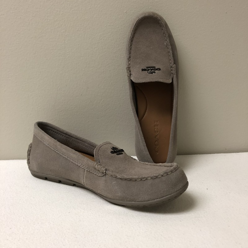 Coach Driving Loafer<br /> Size 7.5<br /> Taupe<br /> $58.00