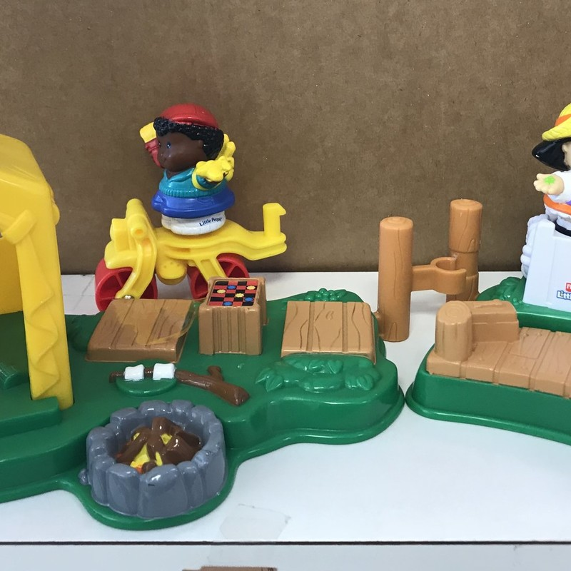 Rare Fisher Price Little People Camping Set. NO SHIPPING instore pick up only.