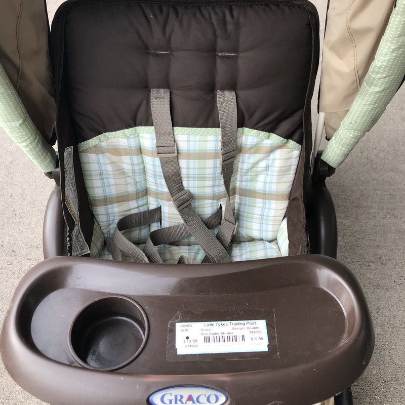 Graco Duo Glider Stroller with double canopy in excellent condition, folds easily. NO SHIPPING-In store pick up only